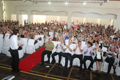 600 educadores comparecem ao evento de abertura do ano letivo